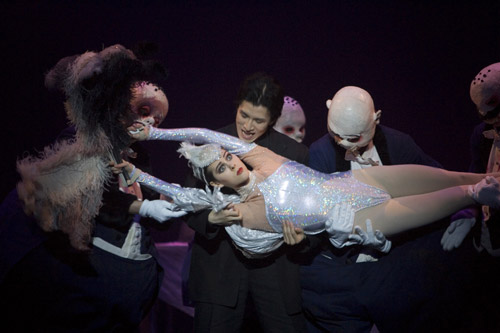 Samara Downs as Roast Swan with Artists of Birmingham Royal Ballet; photo: Bill Cooper